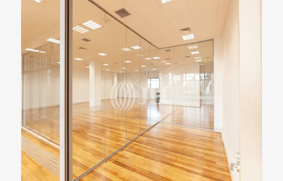 Suite-3.1,-10-14-Beresford-Square-Office-for-Lease-9586-3b057c82-f74c-4ff8-bbde-173c7795ba49_m