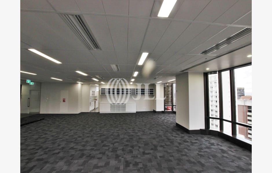 SAP-Tower-Office-for-Lease-9764-4bd28fcb-be3c-484e-98ef-989cf4e8c0fb_m