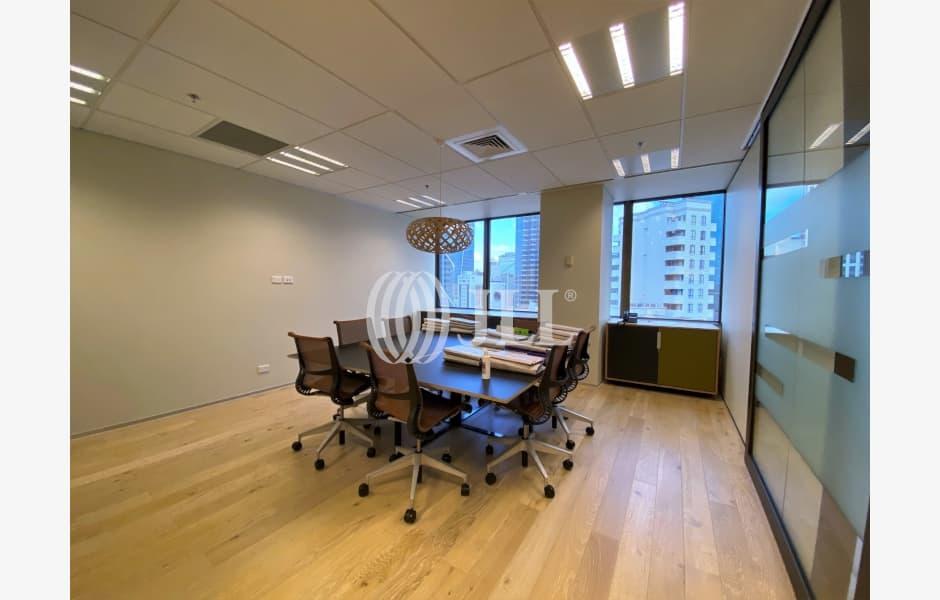 Tower-Centre-Office-for-Lease-8431-53548170-ecf9-4baa-a456-53e144a4ba75_m