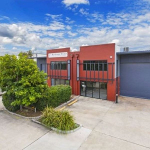 Unit-27-Office-for-Sale-or-Lease-3738-h