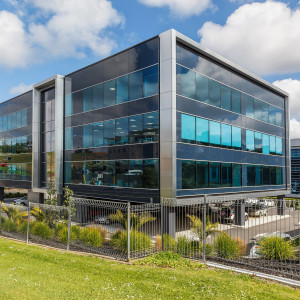 61-Constellation-Drive-Office-for-Lease-6770-2b1fd258-b8fa-4026-bc47-d21efcb21c7a_iwg04572-auckland-constellation-drive-016hi