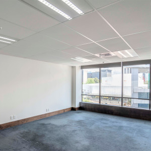 Suite-502,-350-Queen-Street-Office-for-Lease-6985-61d11781-2139-4913-b6c1-6262bc552ed4_m