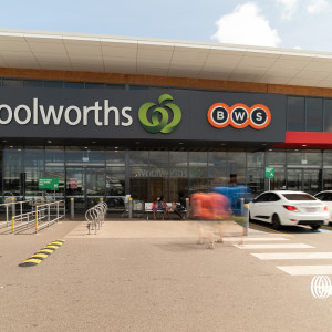 Woolworths-Bakewell-Office-for-Sold-7326-h