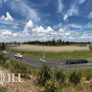 354-Puhinui-Road-Office-for-Lease-7337-fdba2adc-5bcb-44f0-aa2d-f6261230689d_m
