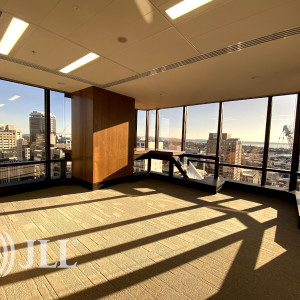 SAP-Tower-Office-for-Lease-2672-a34e7f3b-5b77-4592-8633-72725fdee719_m