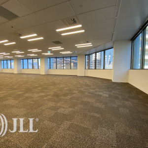 Tower-Centre-Office-for-Lease-7967-5c45aa32-87ea-4d7b-938e-817a3c86bc38_m