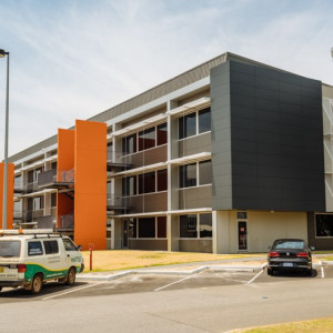 Alpha-Office-for-Lease-1509-h