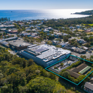 Byron-Bay-Holiday-Village-Office-for-Sold-8593-h