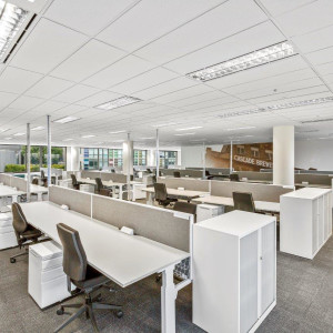 77-Southbank-Boulevard-Office-for-Lease-9316-h