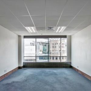 Suite 503, 350 Queen Street