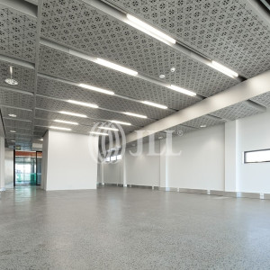 Iron-Bank-Office-for-Lease-100125-h