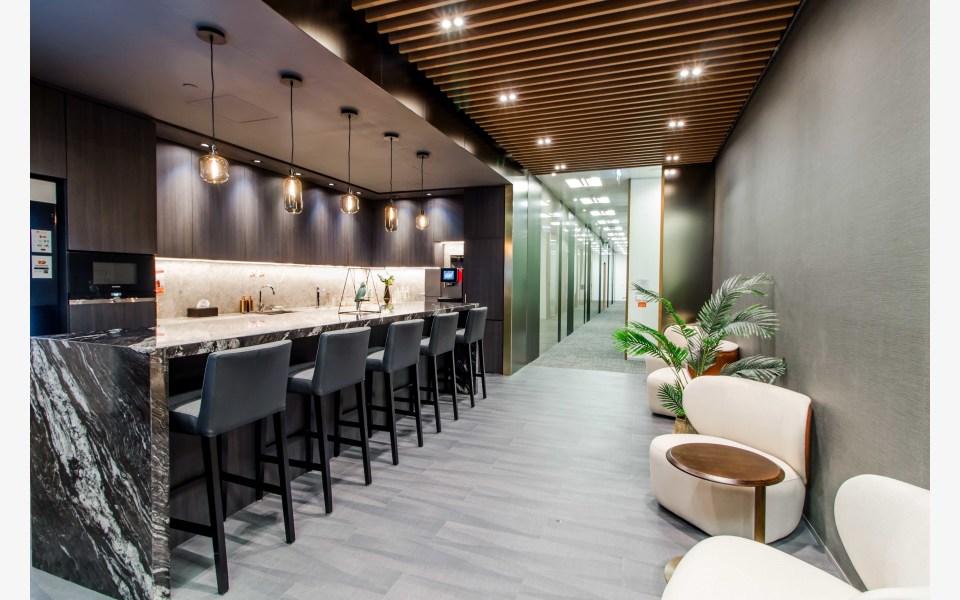 Compass-Offices-Cheung-Kong-Center-Serviced-Office-for-Lease-HKG-SE-P-64-x4mjaepu6uakaejqytew