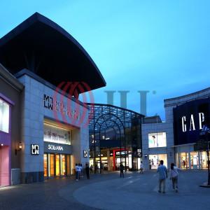 Solana Lifestyle Shopping Park