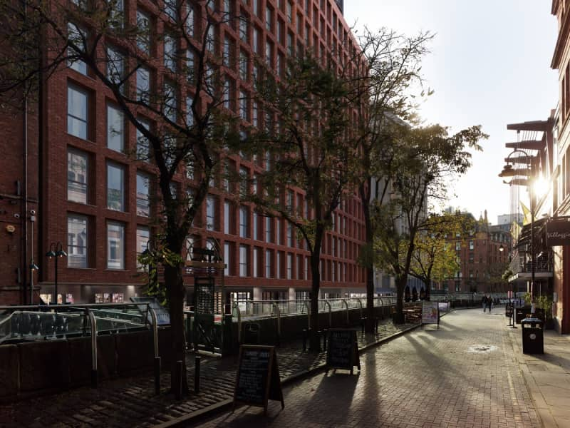 Manchester-New-Square-Apartemen-for-Sale-IRP_N_105_00192-ktkap1jawi5g32xyuekk