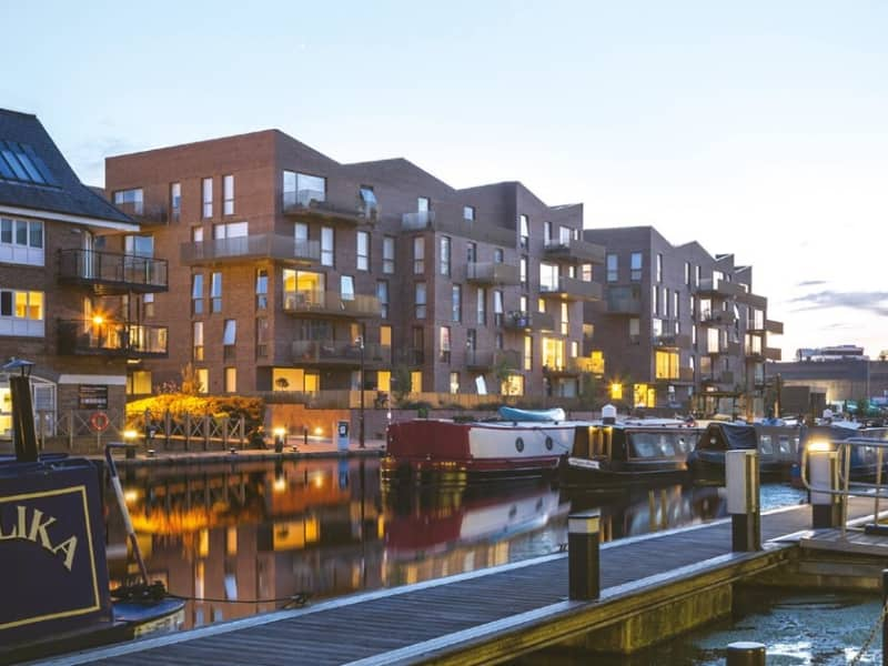 Brentford-Lock-West-Apartment-for-Sale-IRP_N_104_00200-oas7phgnkczvveqosjkv