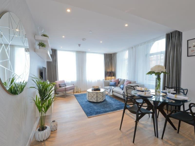 Manchester-New-Square-Apartment-for-Sale-IRP_N_105_00192-ghiwx8psjdzvwz8d9pk2