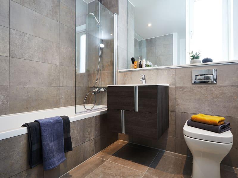 Islington-Wharf-Locks-Apartment-for-Sale-IRP_N_105_00288-rl7pchroyzkfirebn2fm