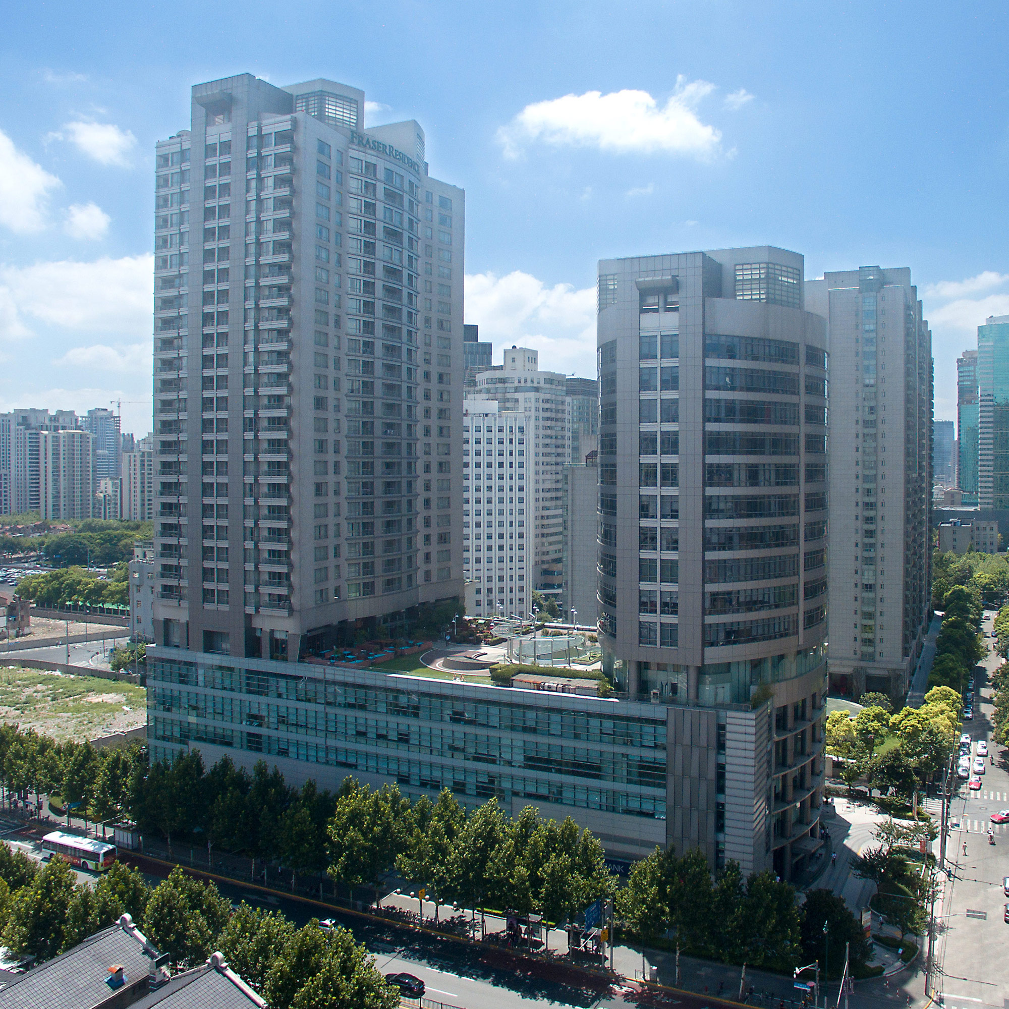 Silver court huangpu office properties dichandadang by jll for Silver towers leasing office